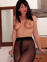 Desyra Noir Sexy German MILF In Stockings And Pantyhose Sex